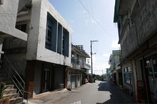 海界の村を歩く 東シナ海 伊江島_d0147406_19370814.jpg