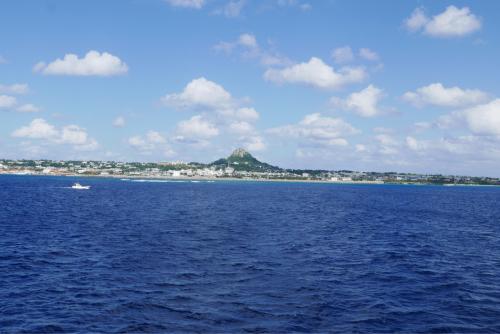 海界の村を歩く 東シナ海 伊江島_d0147406_20310381.jpg