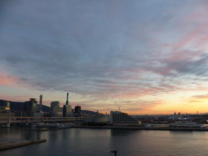 神戸の夜と朝_f0296312_23343275.jpg