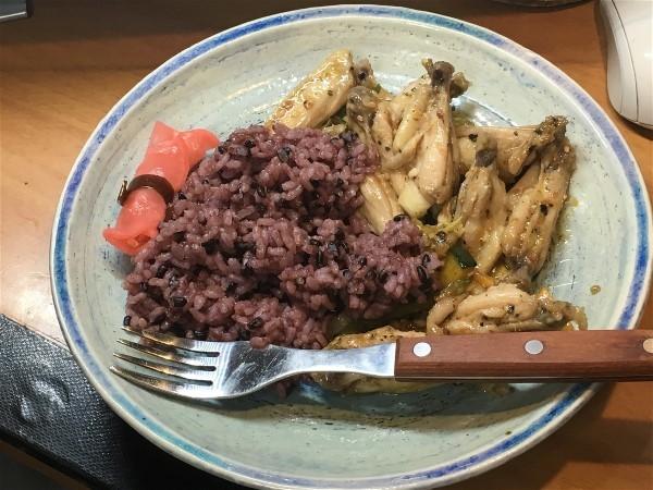 夕飯は手羽の野菜炒め_e0166355_17414985.jpg