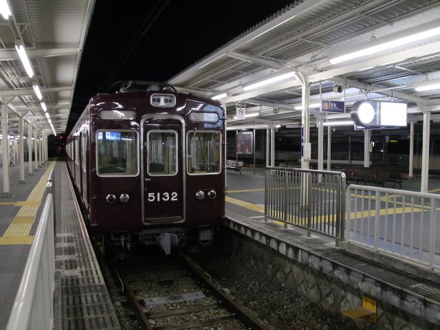阪急箕面線 終電後・_d0202264_4123929.jpg