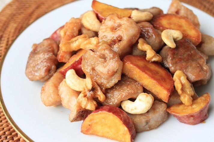 レシピ「根菜と豚肉とナッツの甘辛焼き」と久しぶりの天然酵母パン作りのこと。_a0154192_12493975.jpg