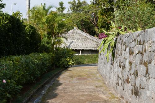海界の村を歩く 東シナ海 久米島_d0147406_19470664.jpg