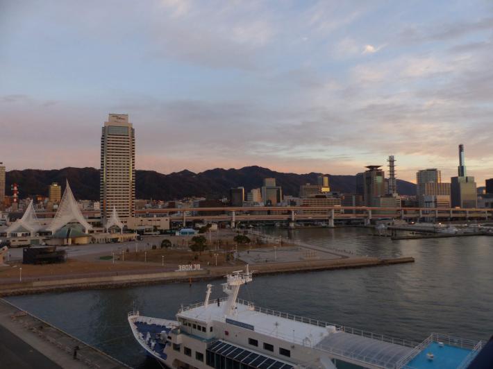 神戸の夜と朝_f0296312_00104274.jpg