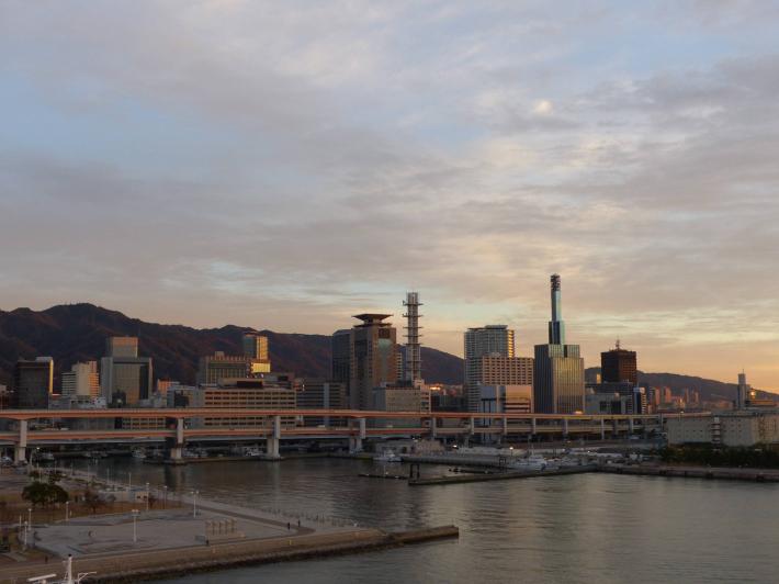 神戸の夜と朝_f0296312_00104461.jpg