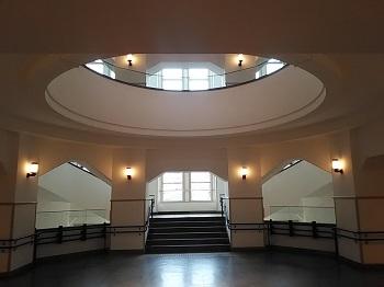 歴史館の窓 白金台(東京) _e0098739_12191535.jpg