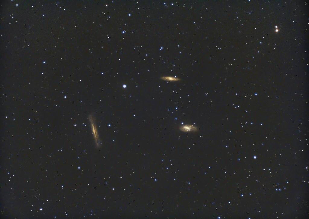 30年前に捕獲したしし座の『銀河トリオ』から・・・_f0346040_16543484.jpg