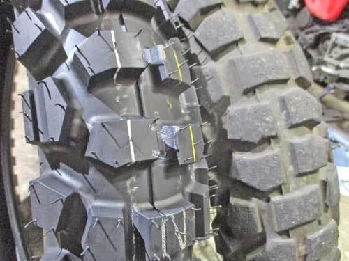 僕のセロー225Wにタイヤ交換でD603を装着~(^_^)/_c0086965_22592701.jpg