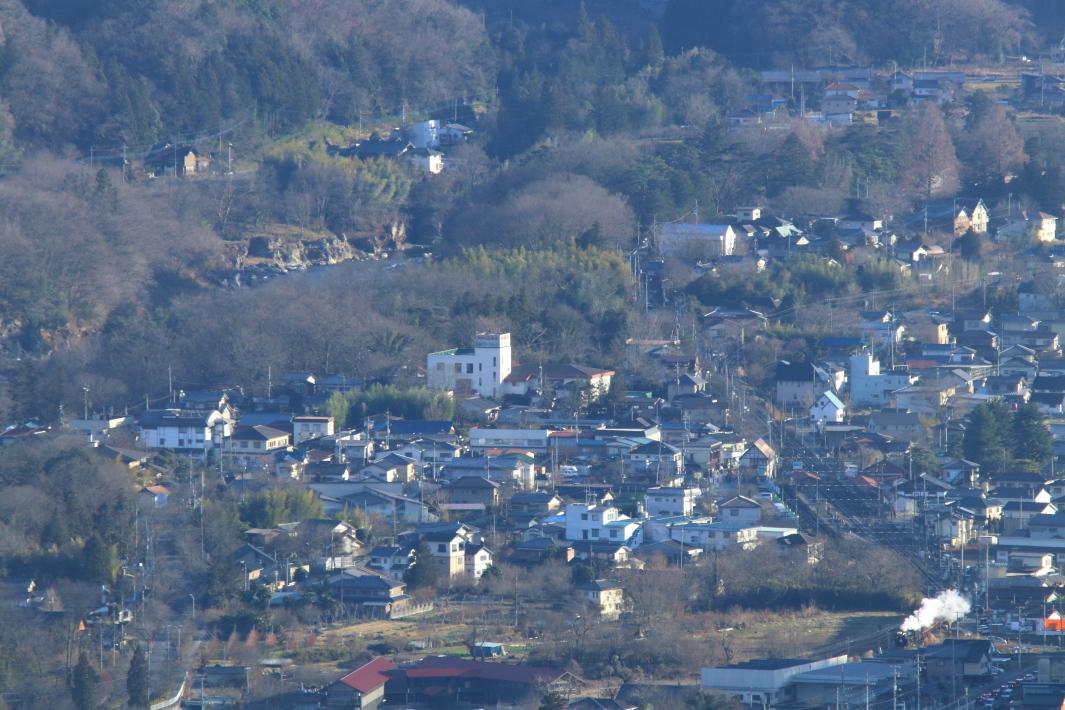 長瀞の町と山と白煙 - 2019年正月・秩父 -_b0190710_23043624.jpg