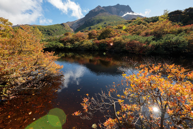 紅葉始まる秋の「那須岳」姥ヶ平~ひょうたん池_c0369219_07101872.jpg