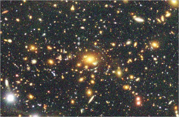 宇宙、あと1400億年は「安泰」 すばる望遠鏡で調査_c0011649_10111533.jpg
