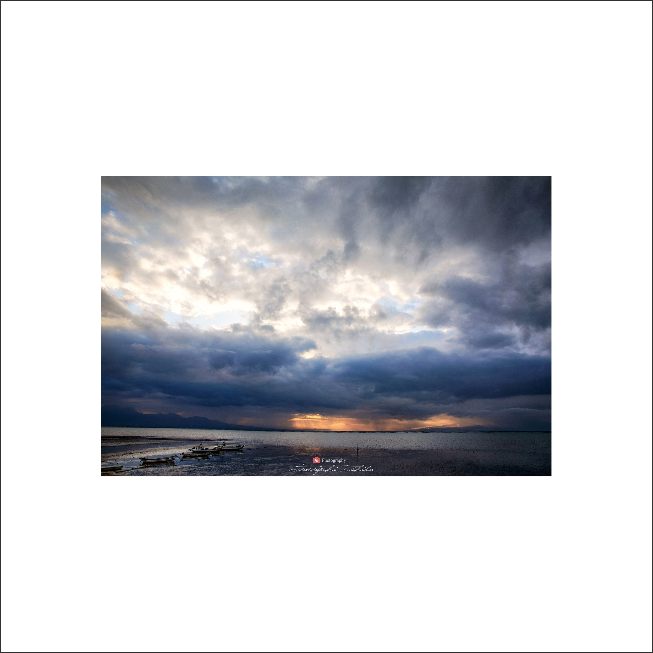 日が沈む頃_c0253556_06241048.jpg