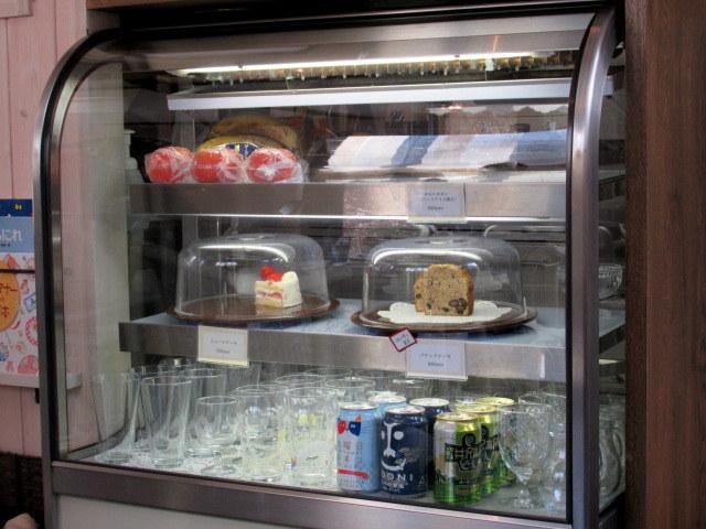Cafe Patra/カフェ パトラ * 1月の柿のパフェ&牛すじと大根のカレー_f0236260_04062132.jpg