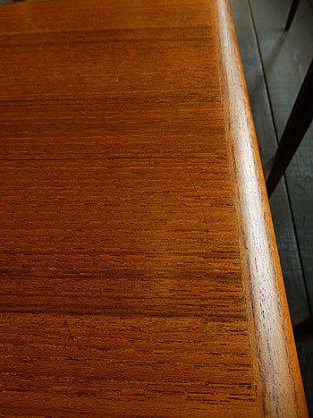 Nesting table_c0139773_18235638.jpg