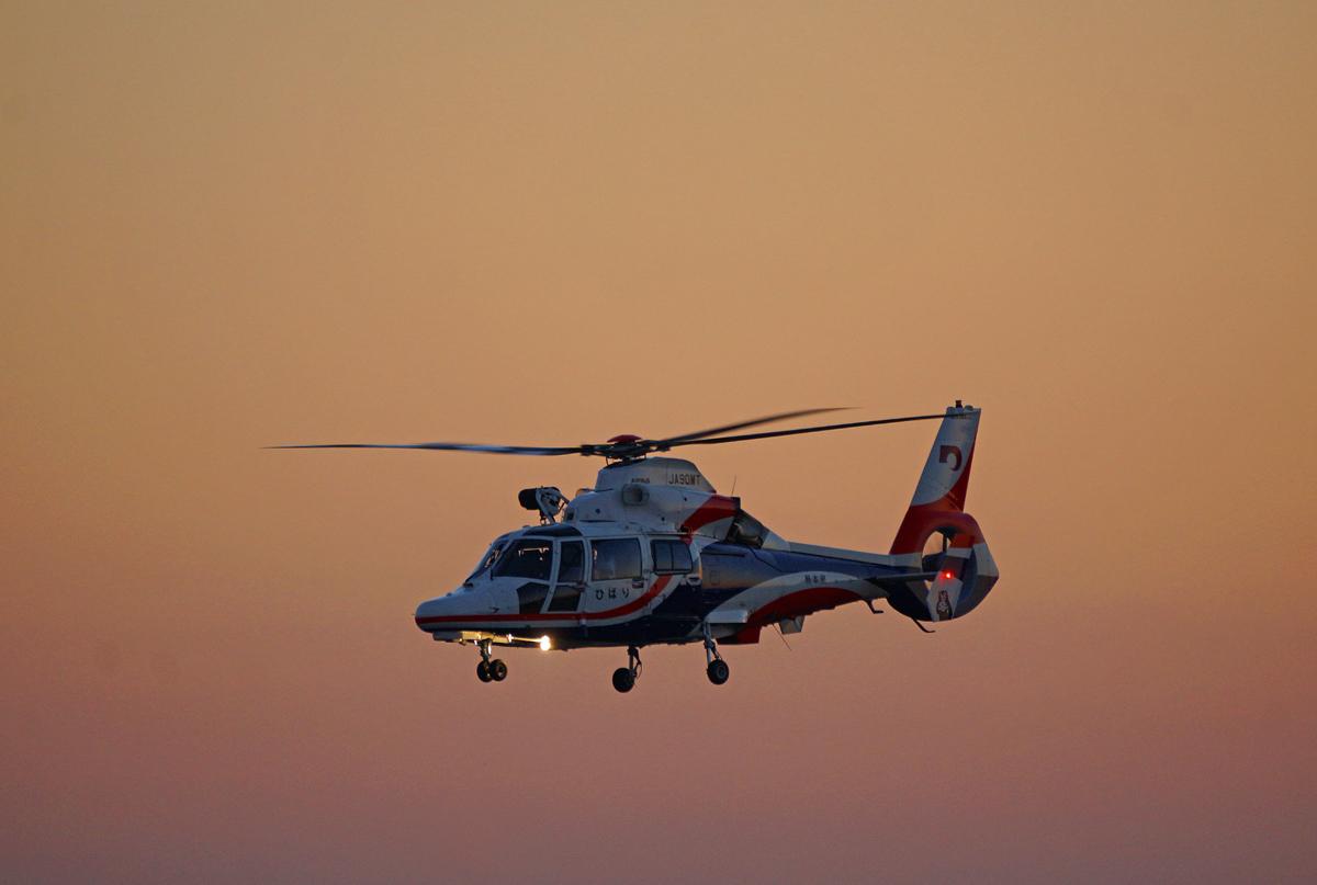 熊本県新防災消防ヘリコプター。_b0044115_08561805.jpg