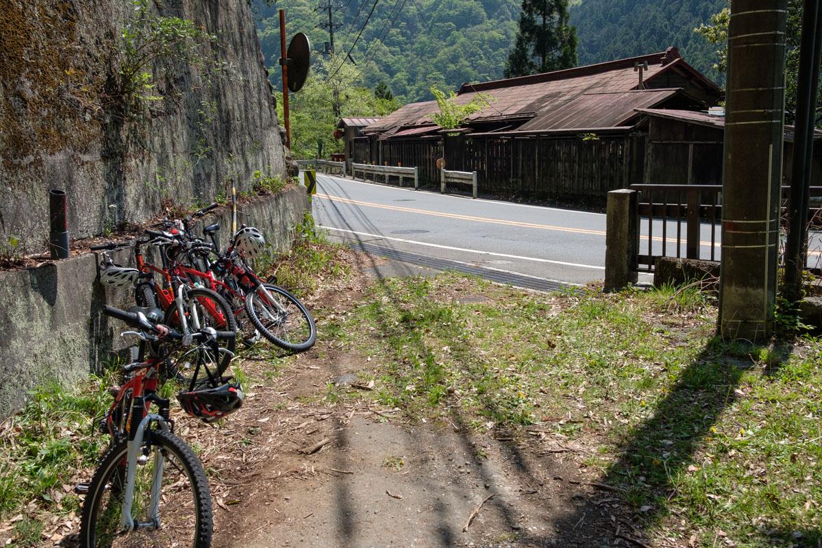 奥多摩  カメラおやじ、久々のサイクリング_b0061717_019237.jpg