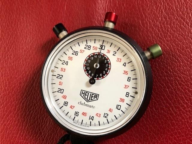Stopwatch  HEUER  /   ラリー仕様にはダッシュボードに!_b0195093_15182695.jpg