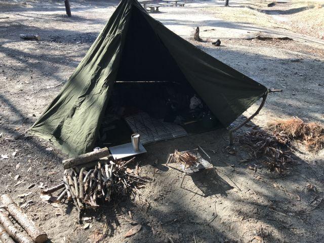 ポーランド軍ポンチョテントで服部緑地ソロデイキャンプ!_a0164918_19291186.jpg