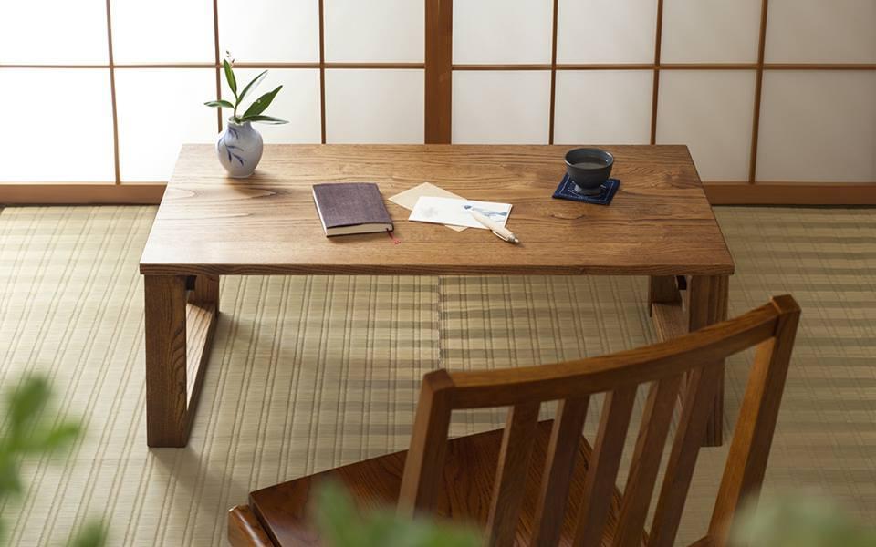 おすすめ家具!折り畳み小机とハンガーラック_b0211845_13314779.jpg