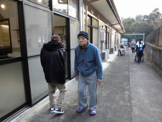 1/17 朝の散歩_a0154110_15252452.jpg