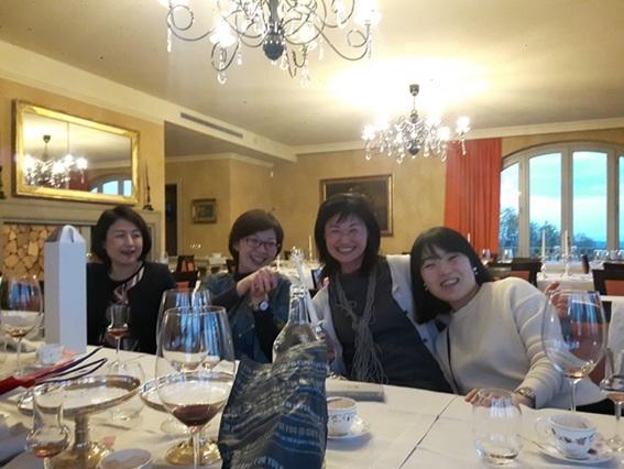教室ツアーin Piemonte5日目② 贅沢に白トリュフ三昧ランチ!!!_d0041729_21425005.jpg