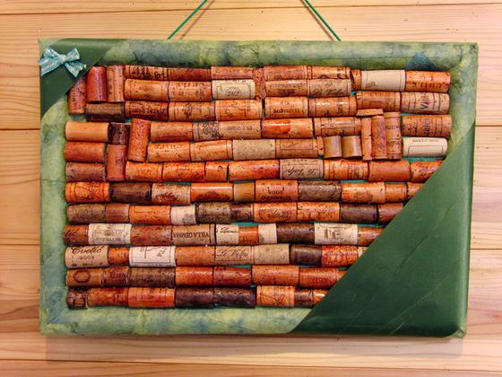 コルクアート ~ コルクの壁掛け飾り ~_e0222340_1672079.jpg