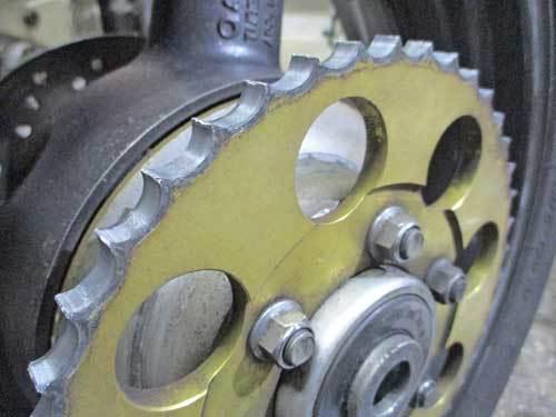 油冷 GSX-R1100のチェーン交換で520コンバート化・・・(^^♪_c0086965_00121801.jpg