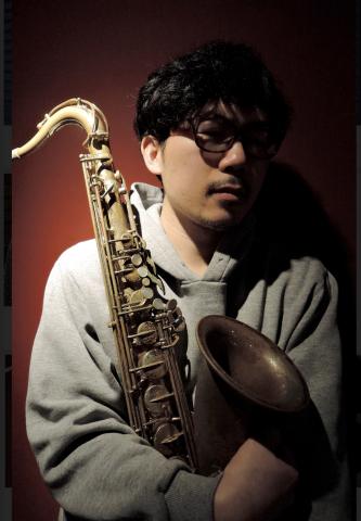 広島  ジャズライブ カミン  本日20日日曜日 19時30分ライブスタートです。_b0115606_12114258.jpeg
