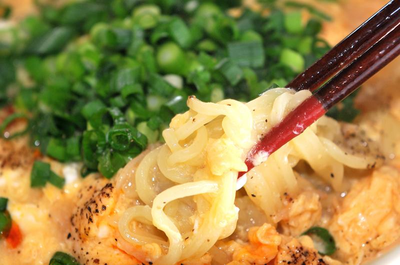 メシ通『魚介を使った簡単レシピ』 ☆ 市販の拉麺を海老風味のかき玉に!_d0069838_08564215.jpg