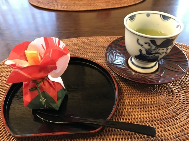 新年の和菓子でお茶時間_a0180279_19053440.jpg