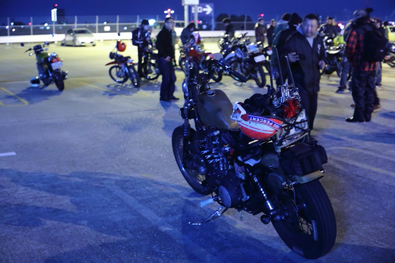 ラビットスクーターとトンガリテントと夜会_b0078651_01135272.jpg