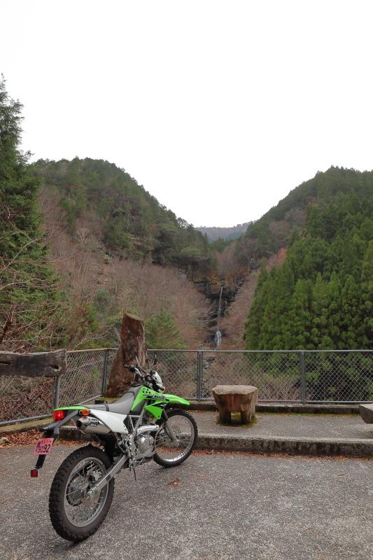 UFOラインの帰りは、長沢ダム経由で_a0077663_15582633.jpg