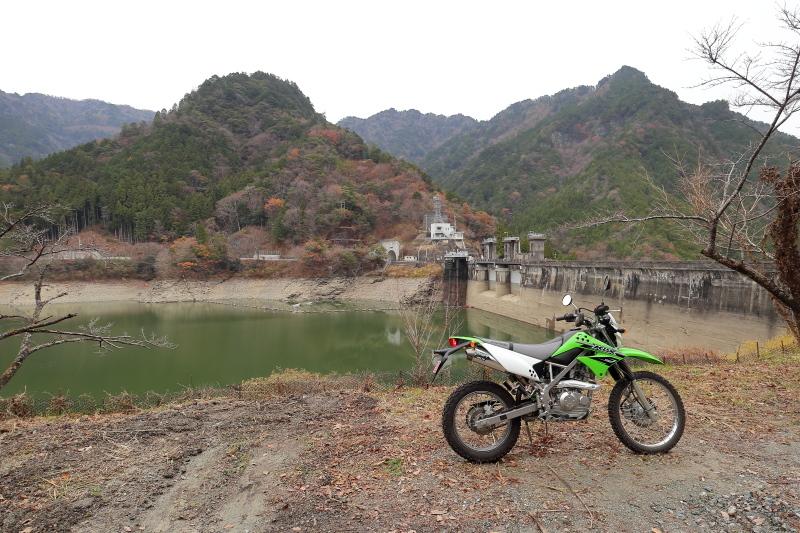 UFOラインの帰りは、長沢ダム経由で_a0077663_15584833.jpg