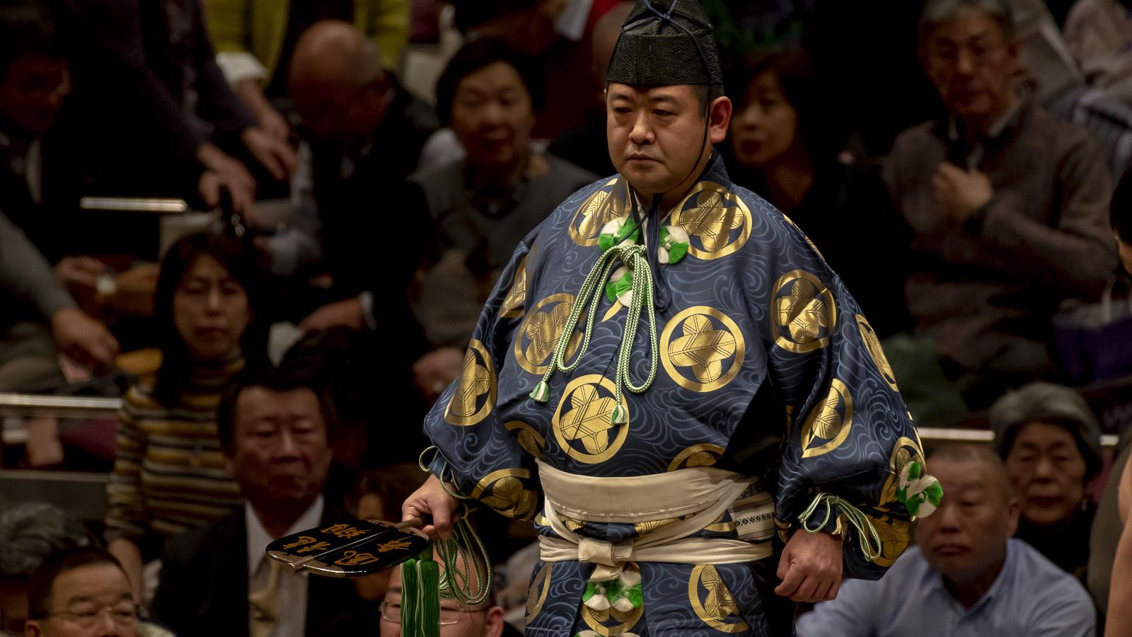 天皇と神事_b0029315_19590366.jpg