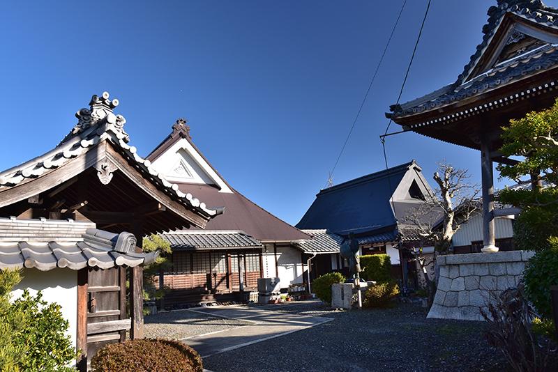 北国街道を行く 長浜から木之本へ_e0164563_10150581.jpg