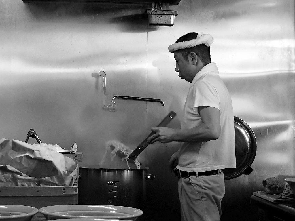 掛川「ジェット家」でチャーシュー麺_e0220163_16241486.jpg