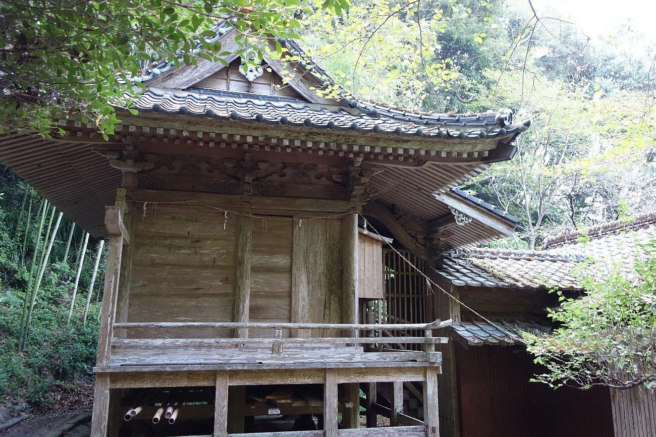 﨑津諏訪神社_c0112559_08104705.jpg