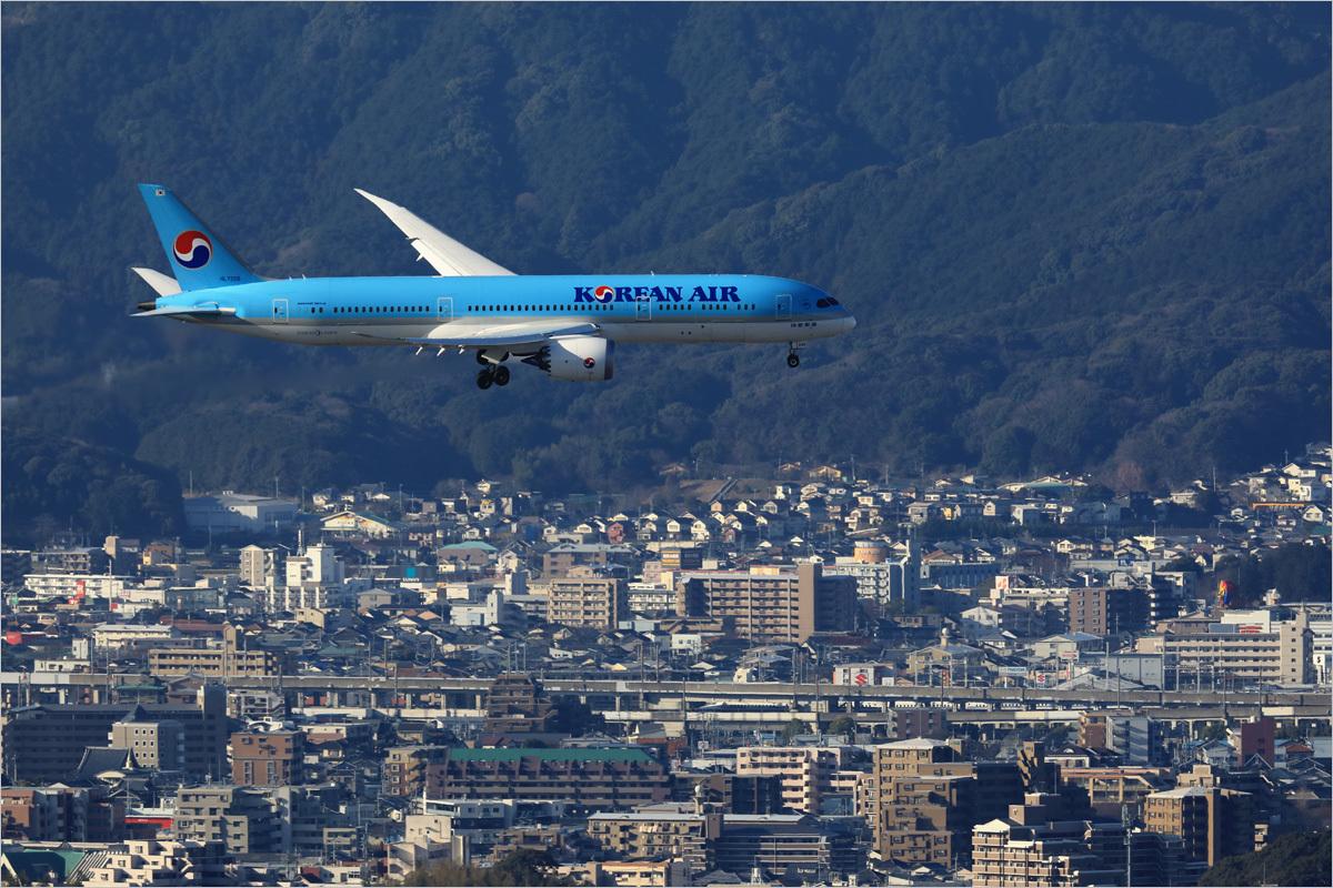 重なる記憶 - 福岡空港_c0308259_02141095.jpg