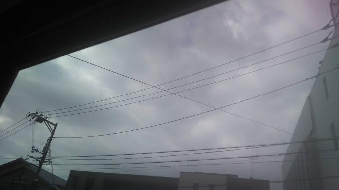 今朝は曇りでした_e0094315_09404626.jpg