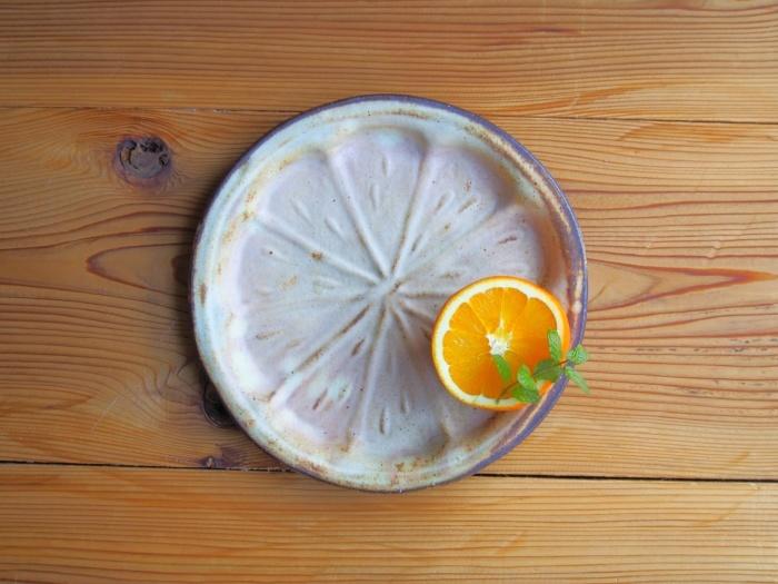 オレンジ皿_b0277136_11495352.jpeg