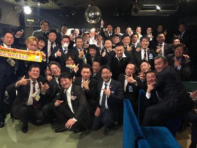 プロ野球・釜田 佳直(かまた よしなお)選手を金栄堂サポート!_c0003493_12381417.jpg