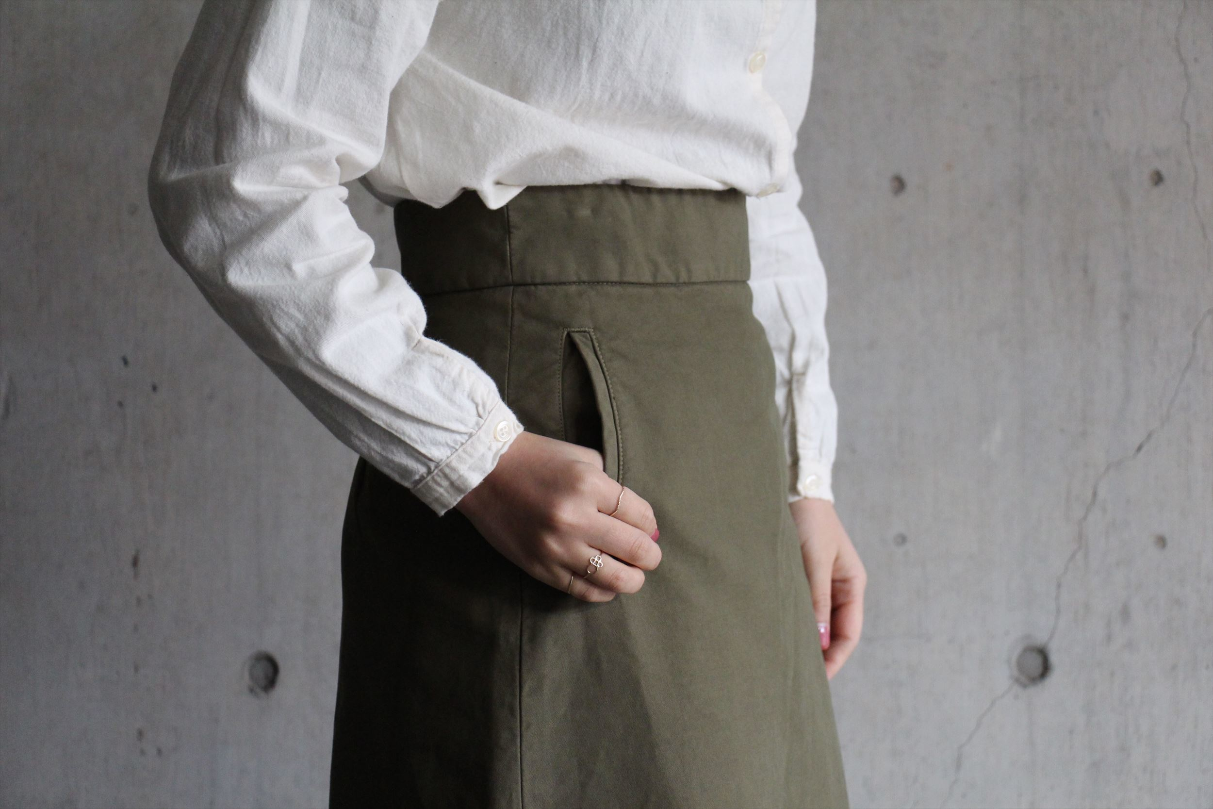 2wayボタンシャツ、ロングスカート_b0165512_17250592.jpg