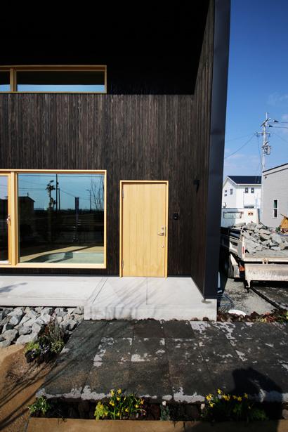 チェアハウスのモデルハウスが佐賀市にオープンします!_e0029115_09260469.jpg