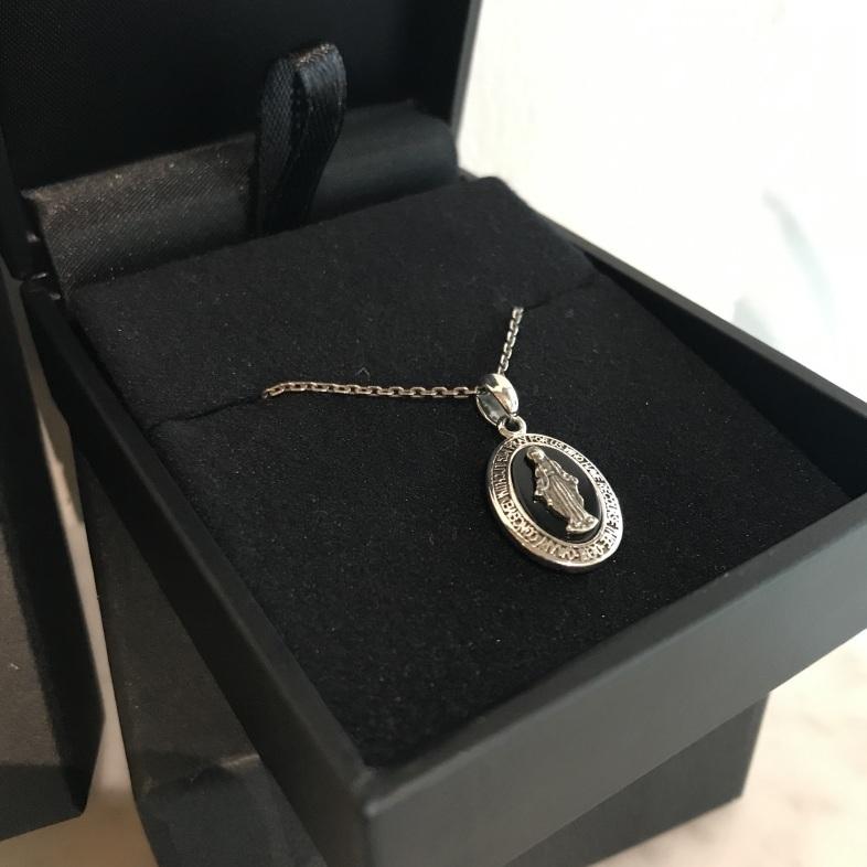 こんなネックレスならしてみたい!_a0155932_22425055.jpg