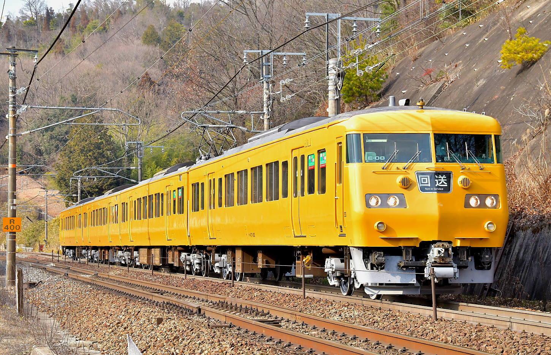岡山117系E08検査出場_a0251146_23503534.jpg