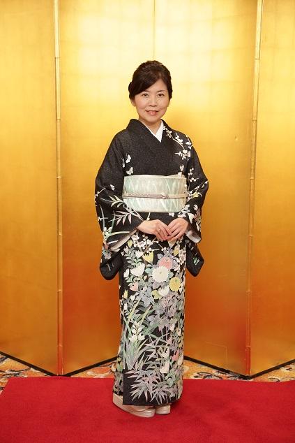10周年・久子さま・羽田登さん訪問着に西陣まいづる帯_f0181251_17123949.jpg