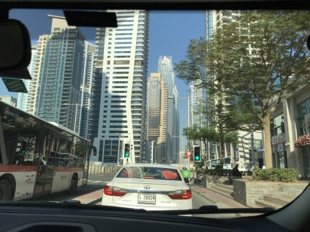 UAEとクルマ_a0136671_15124028.jpg