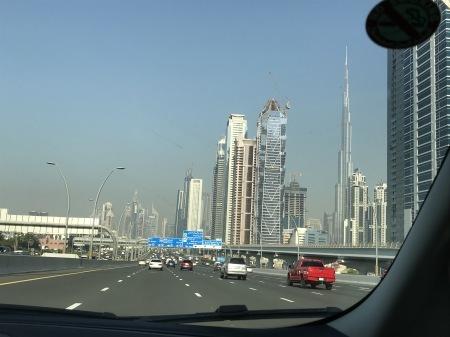 UAEとクルマ_a0136671_15134629.jpg