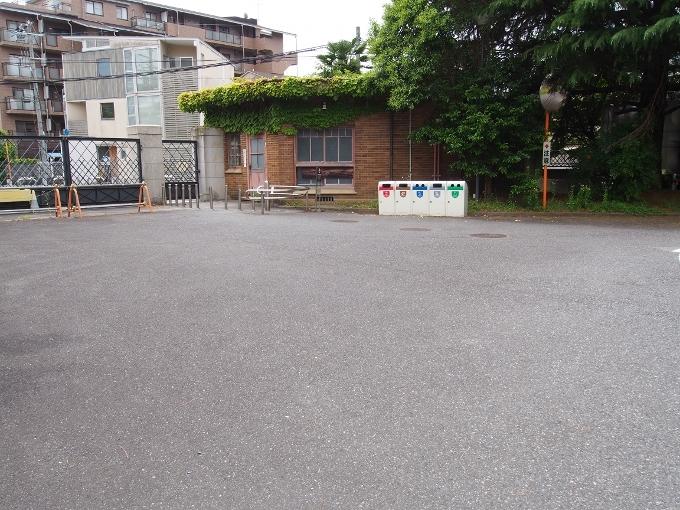 京都工芸繊維大学3号館(旧京都高等工芸学校本館)_f0116479_21200757.jpg