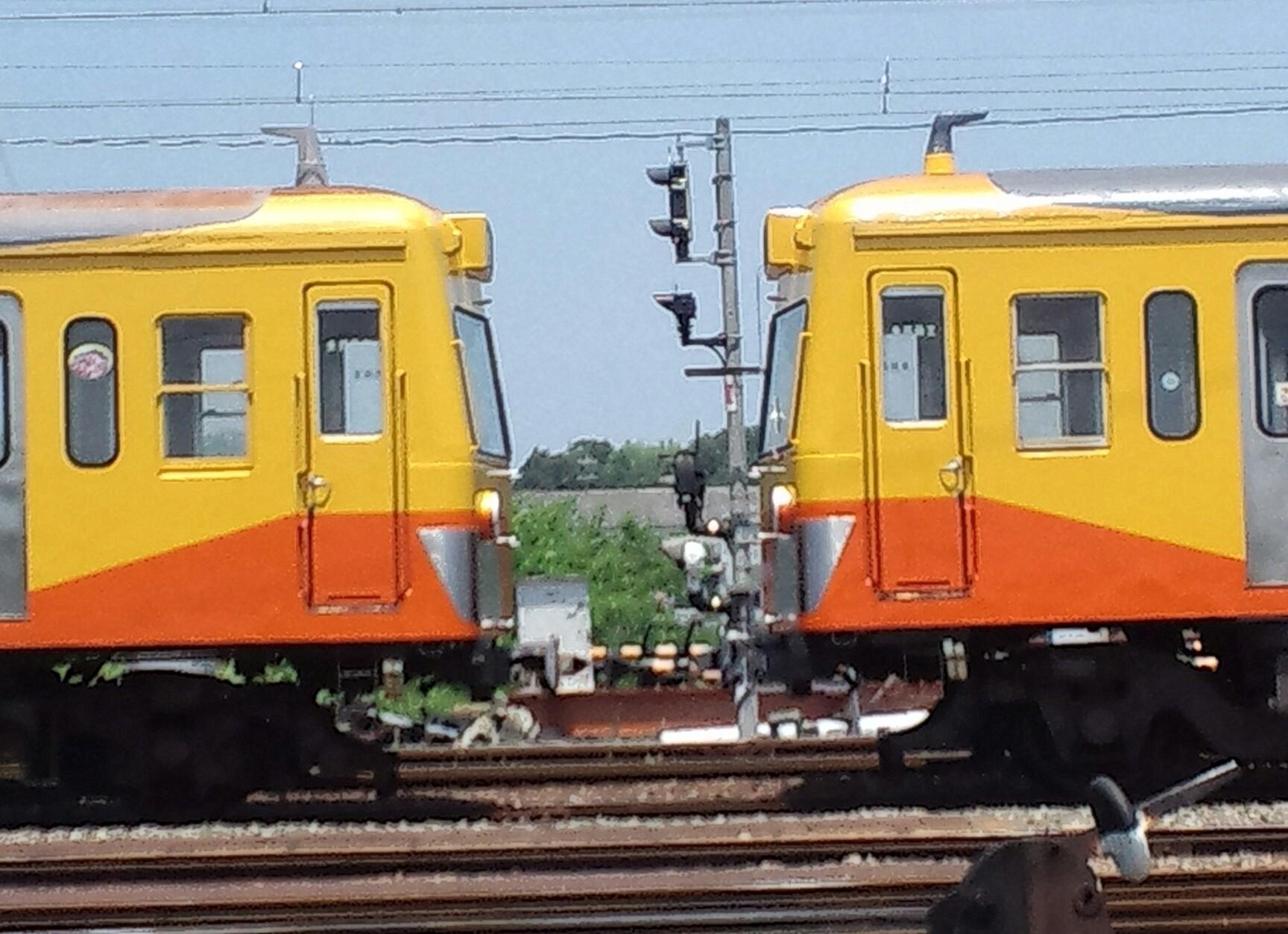 『vol.3702 電車のにらめっこ!』_e0040714_00502182.jpg